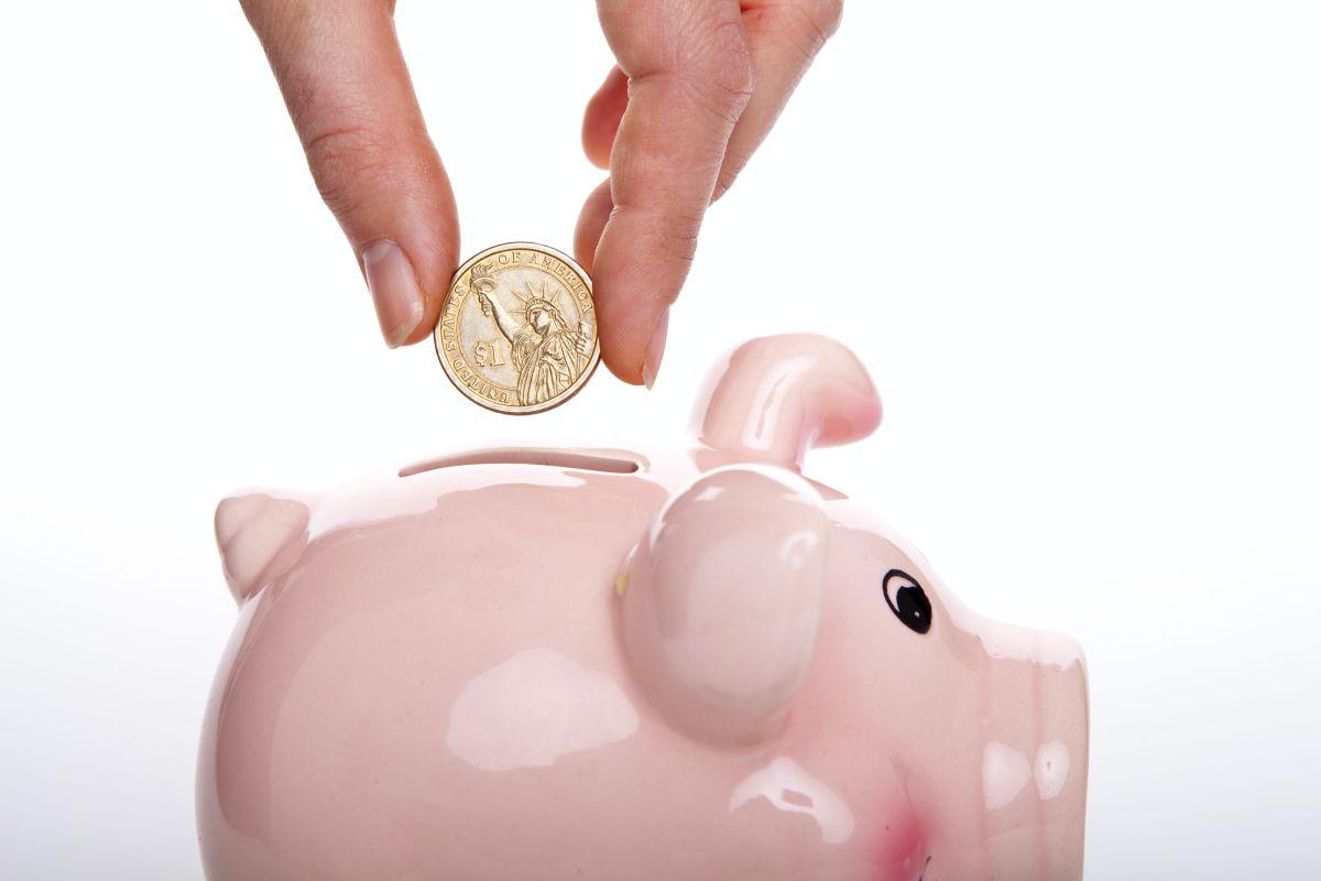 Un certificado de depósito (CD) te puede dar incluso más dinero que una cuenta de ahorro empezándola con poco.