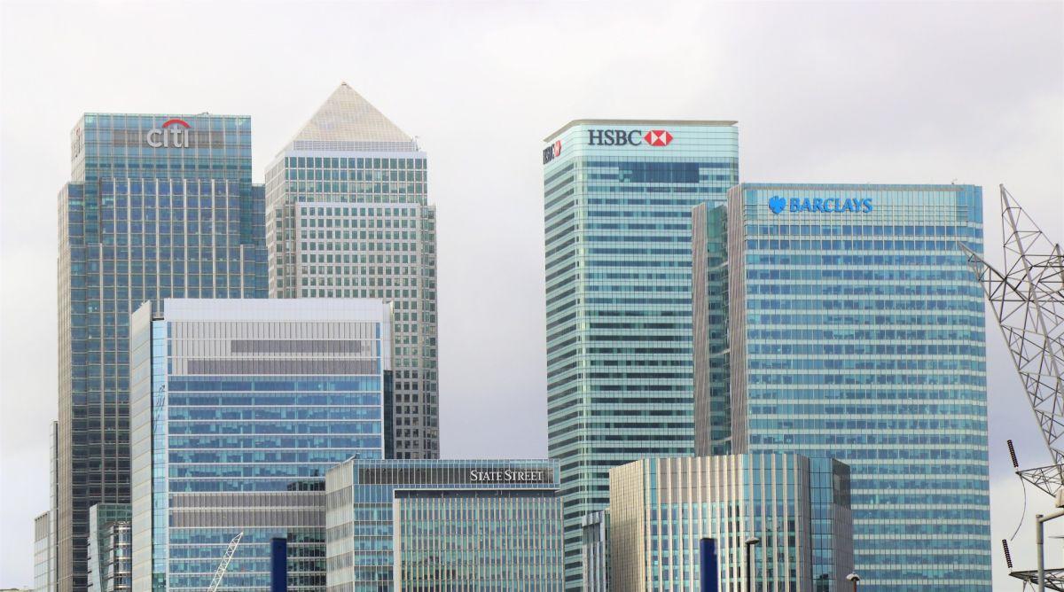 ¿Es seguro dejar mi dinero en el banco durante la recesión resultante del COVID-19? | Solo Dinero