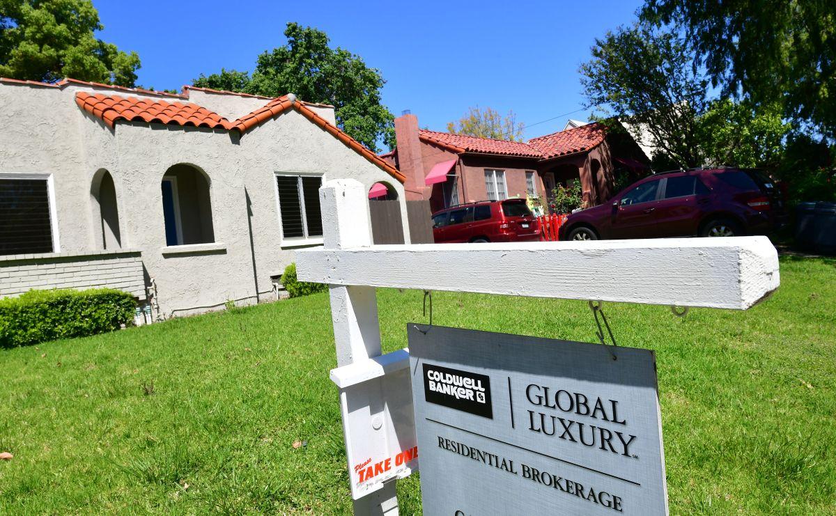 Baja de tasas de interés dispara solicitud de hipotecas  a niveles de hace 11 años