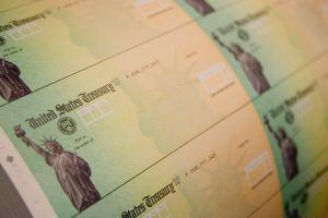 ¿Cómo protegerte si alguien roba tu identidad para cobrar tu cheque por desempleo?