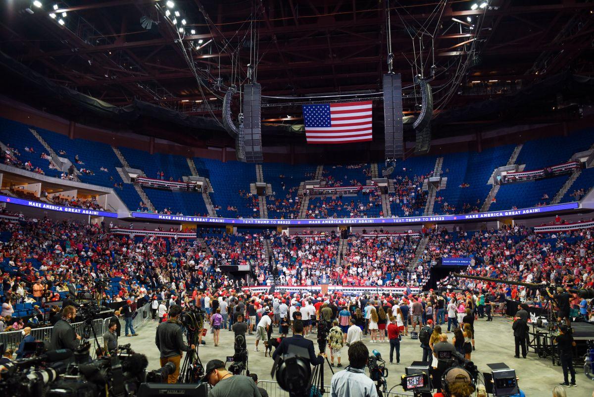 A través de TikTok boicotean mitin de Trump en Oklahoma
