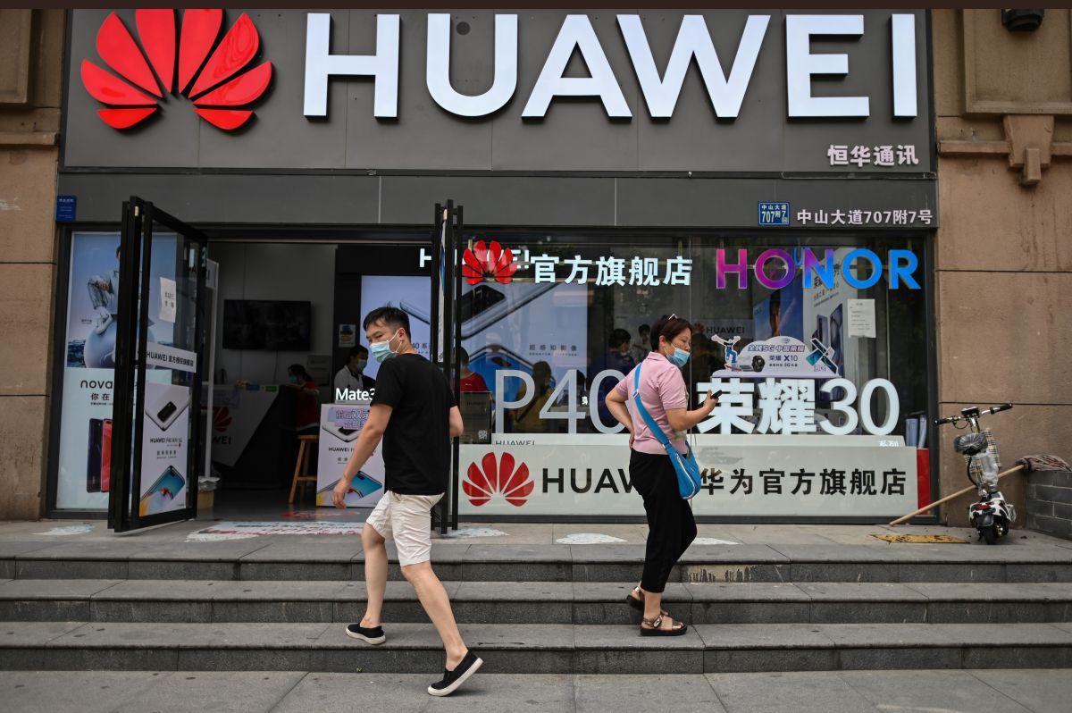 Estados Unidos permite a sus compañías que trabajen con Huawei en el desarrollo de tecnologías