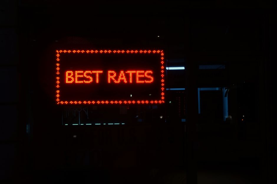 Qué es un bloqueo de tasa de la hipoteca y cómo beneficia a tu bolsillo