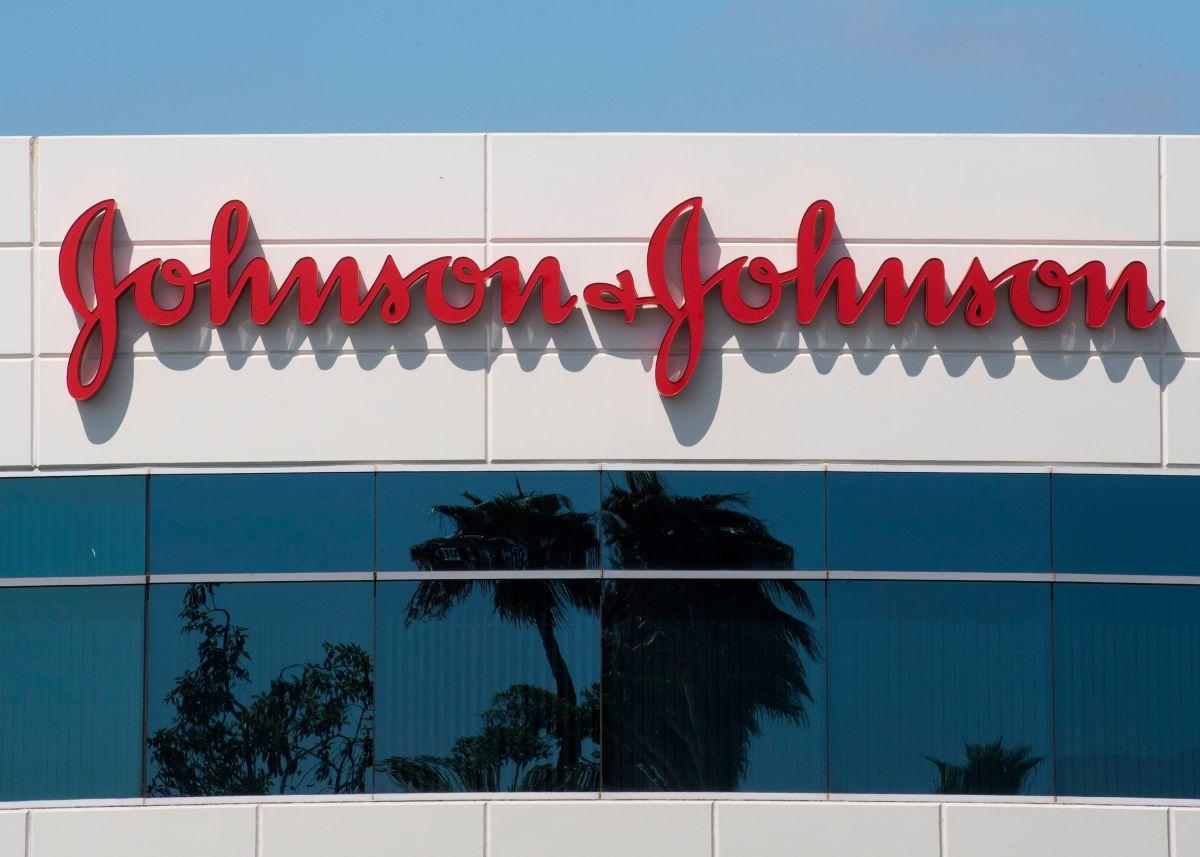 Johnson & Johnson y Eli Lilly suspenden pruebas de vacunas anti COVID