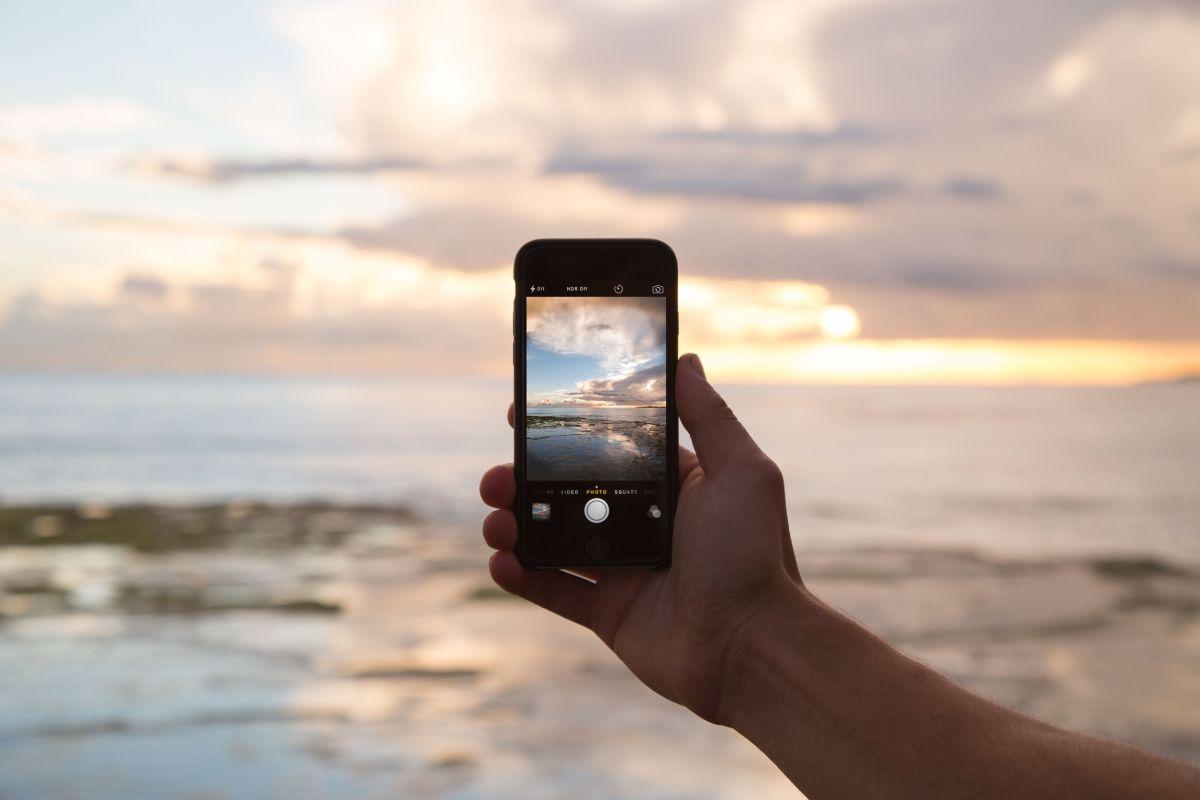 Si vas a viajar al extranjero y necesitas hacer uso de tu celular hay formas muy efectivas de ahorrar.
