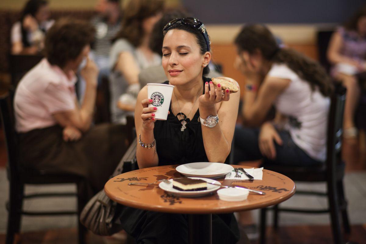 Saca el máximo provecho de tu gusto por el café con una tarjeta de crédito.
