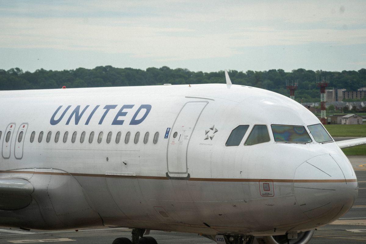 United recurre al programa de viajero frecuente para respaldar un préstamo por $5000 millones de dólares