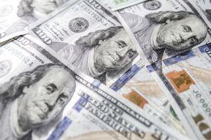 Cuarto cheque de estímulo, pagos plus-up y reembolsos de impuestos: quiénes pueden llegar a recibir su cheque de estímulo del IRS esta semana