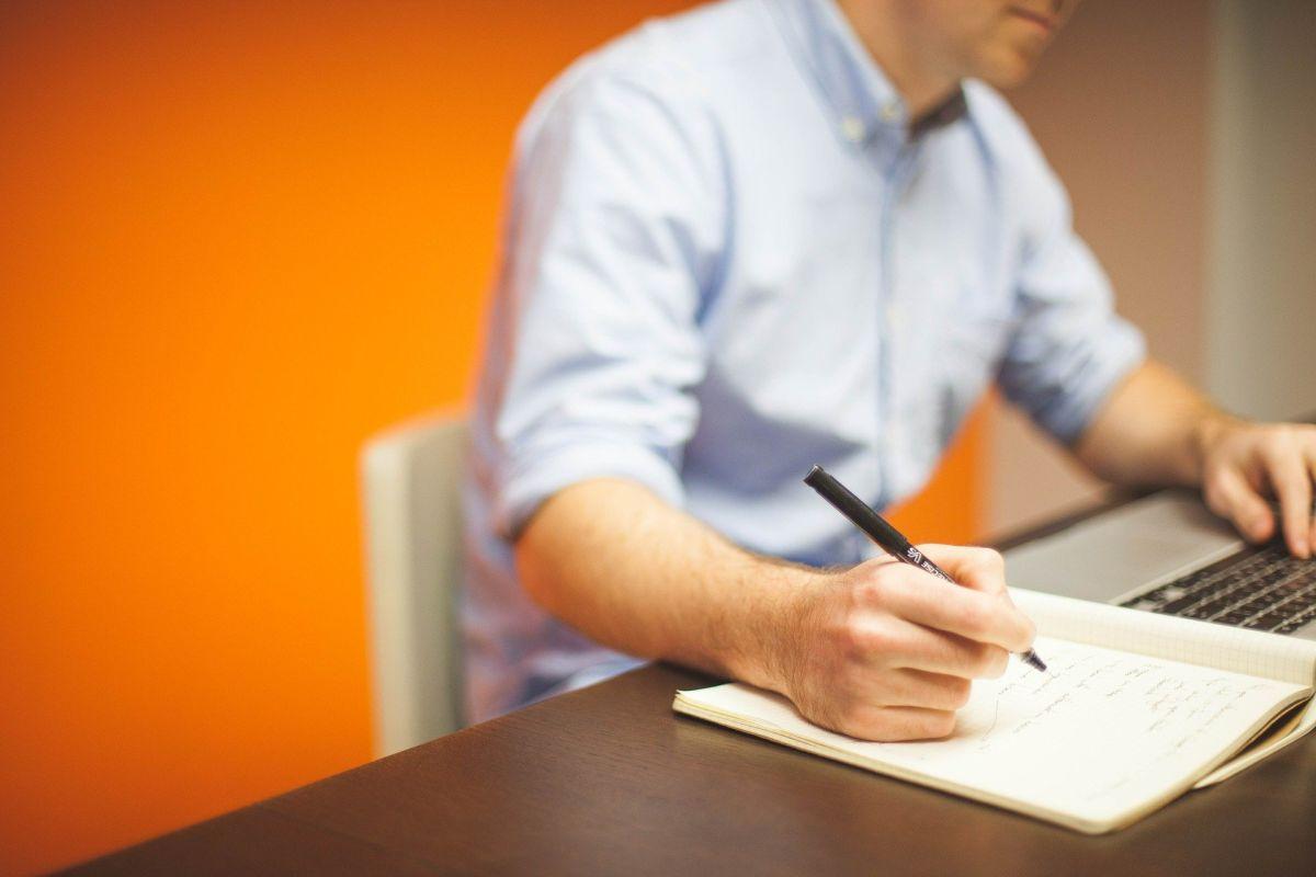 Encuesta revela que empleados desean quedarse a trabajar en casa a largo plazo