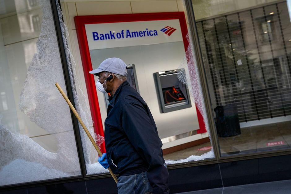Algunas sucursales del Bank of America han cerrado durante la pandemia
