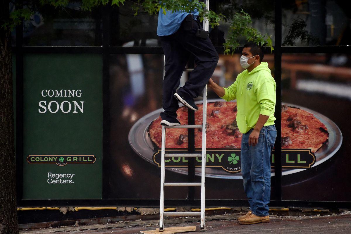 Repunte de contagios manda de nuevo al desempleo a miles de trabajadores
