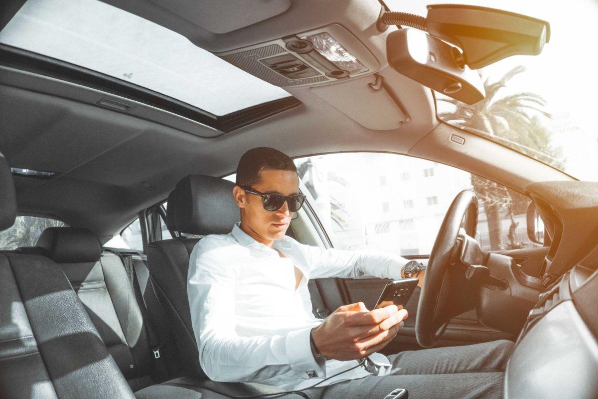 Por qué no usar la tarjeta de crédito al comprar un auto