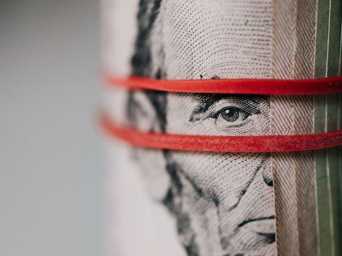 Se observa cautela en los mercados y el peso mexicano aprovecha para estabilizarse.