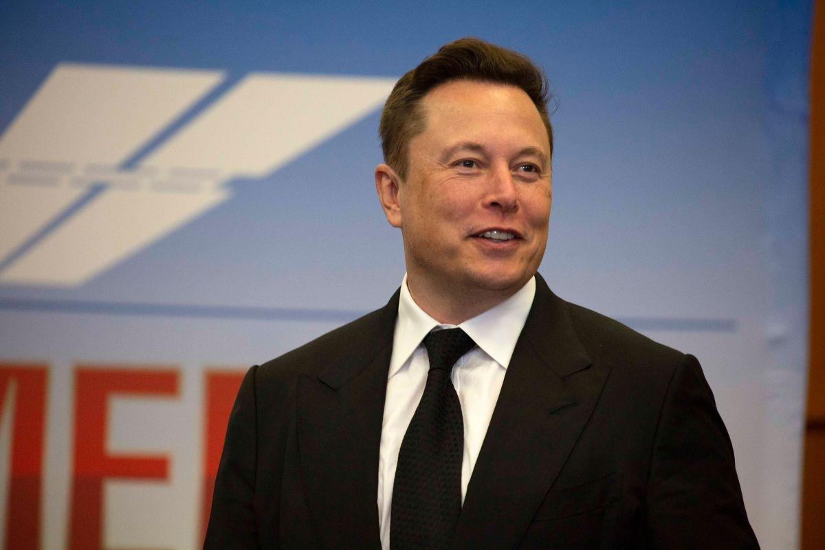 Elon Musk ya es más rico que Warren Buffett
