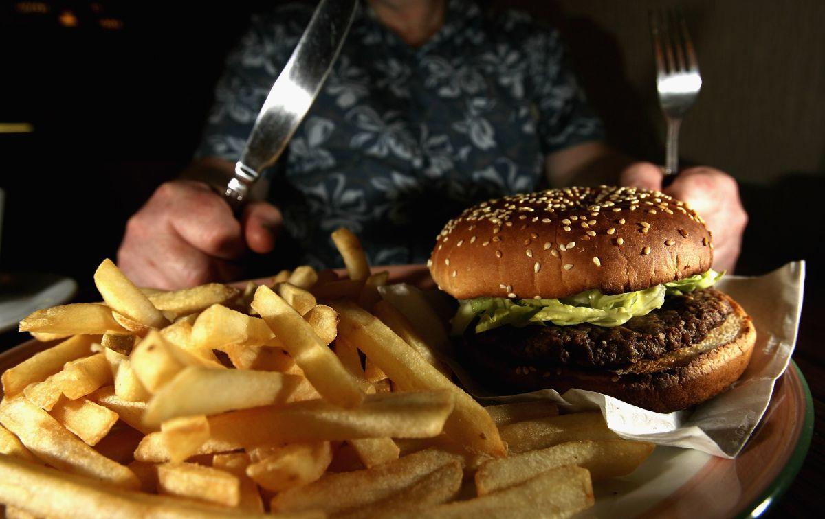 ¿Por qué la creciente mala alimentación pondría en jaque a la economía estadounidense?