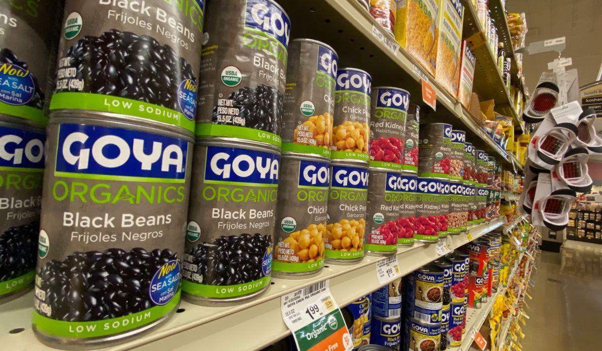 Tras boicot, Goya realizará millonario donativo a bancos de alimentos