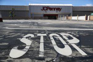 Amazon usaría antiguas tiendas de Sears y JC Penney como centros logísticos