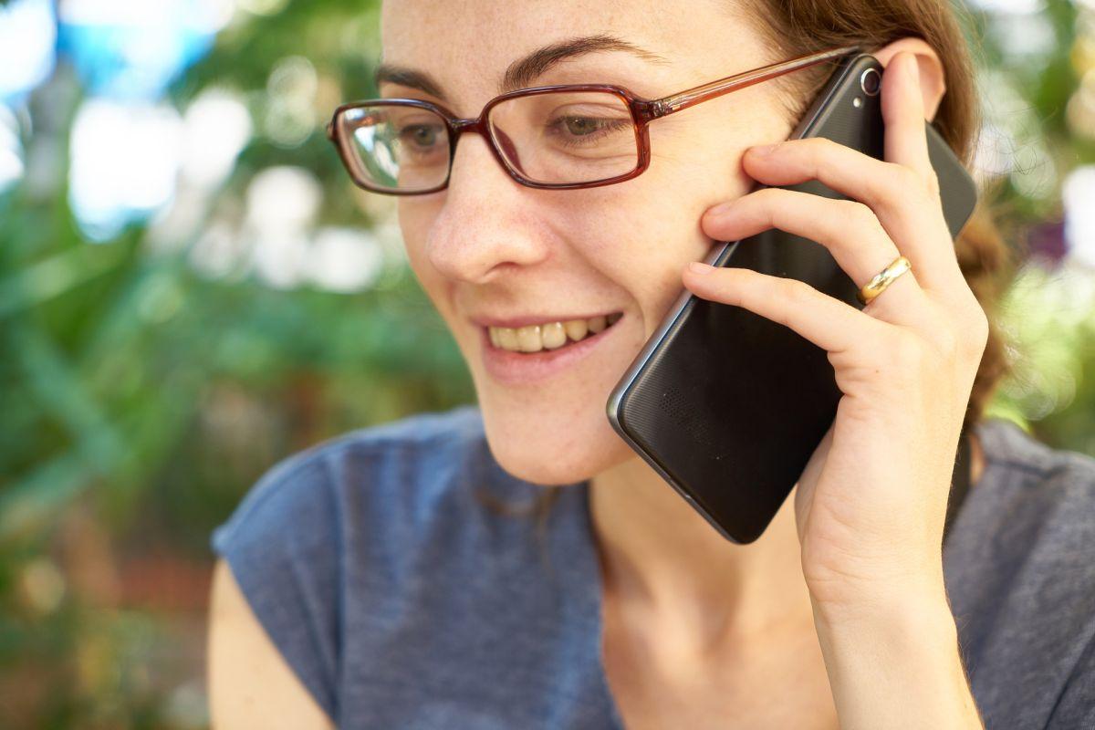 Hay momentos muy específicos en los que una llamada telefónica te puede solucionar problemas con tu tarjeta de crédito.