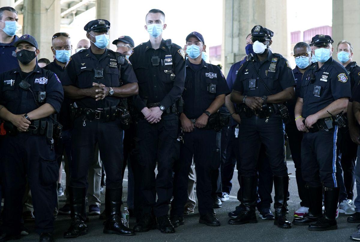 La reducción de fondos a la NYPD es una demanda de grupos pro derechos civiles.