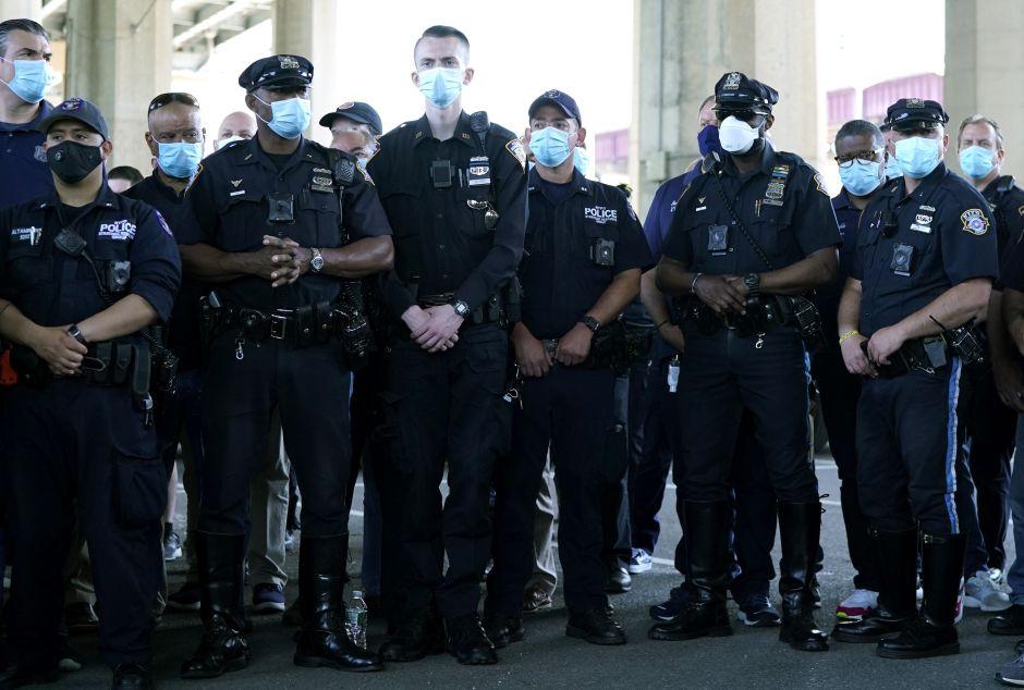 ¿Cómo te podría afectar el recorte presupuestal a la policía de Nueva York?