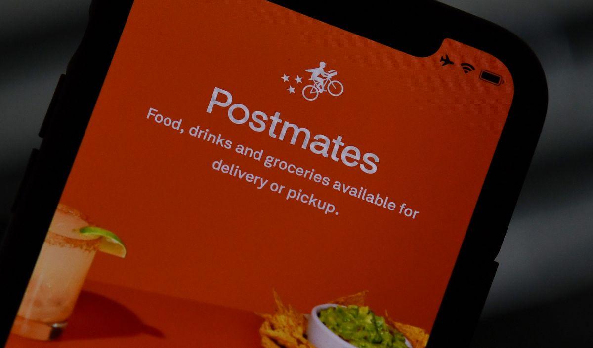 Después de Uber y Lyft, California buscará regular a las empresas de entrega de alimentos y comestibles