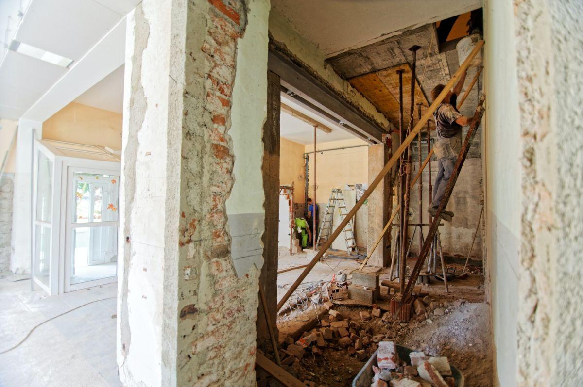 ¿Cómo recibir ayuda del gobierno para reparar mi casa?