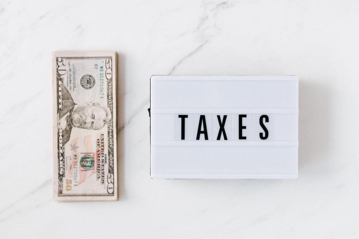 ¿Podrías pagar menos en impuestos federales, estatales y locales al mudarte de estado?