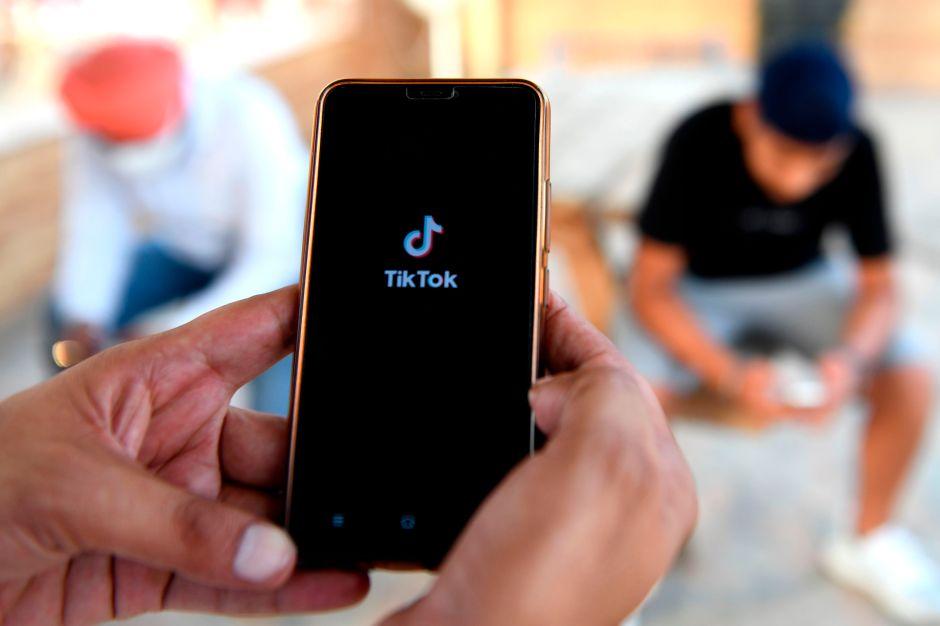 Facebook lanza una aplicación que imita a TikTok en medio de la crisis política en Estados Unidos