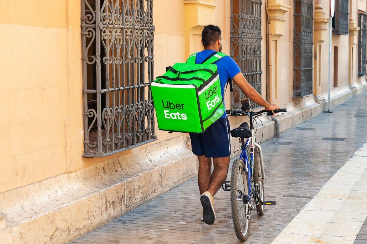 Cuáles son las 5 mejores tarjetas de crédito para ordenar comida de entrega a domicilio