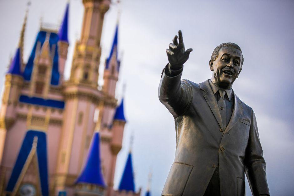 Disney despedirá 7,000 empleados en Florida