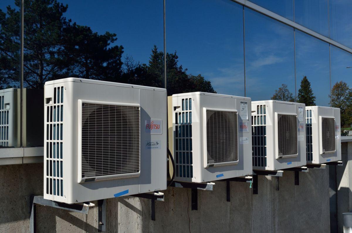 Qué necesitas para iniciar tu propio negocio de arreglo de aires acondicionados y sistemas de ventilación en Estados Unidos