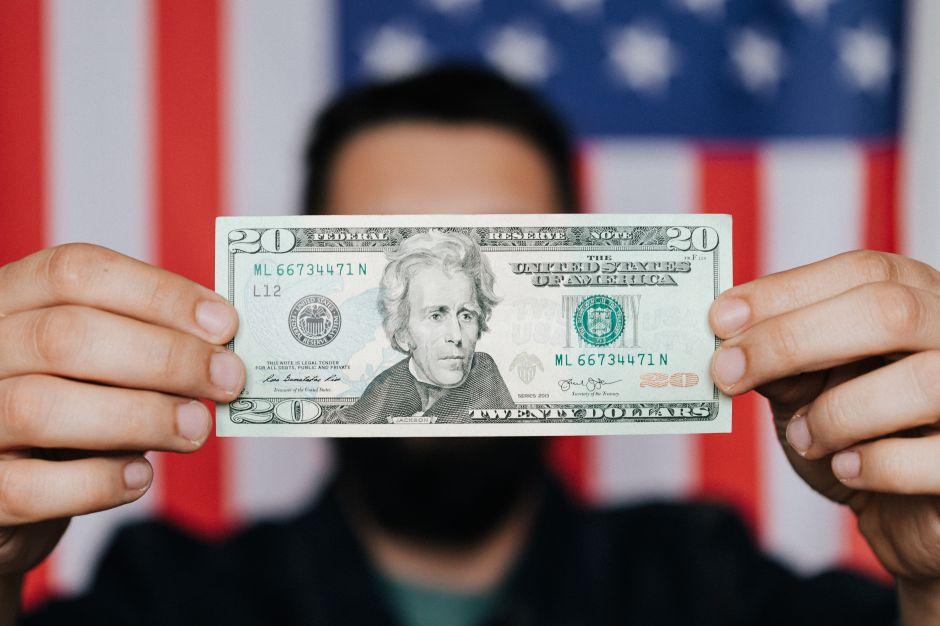 8 estrategias para invertir sabiamente tu dinero una vez que te liberas de una deuda