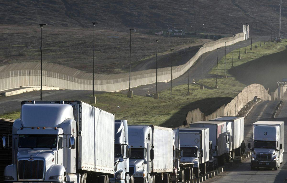 El IRS recuerda a los conductores de camiones que el 31 de agosto vence el plazo para presentar impuestos