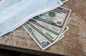 ¿Es buena idea retirar dinero de mi jubilación del 401(k) debido a la crisis desatada por el COVID-19?