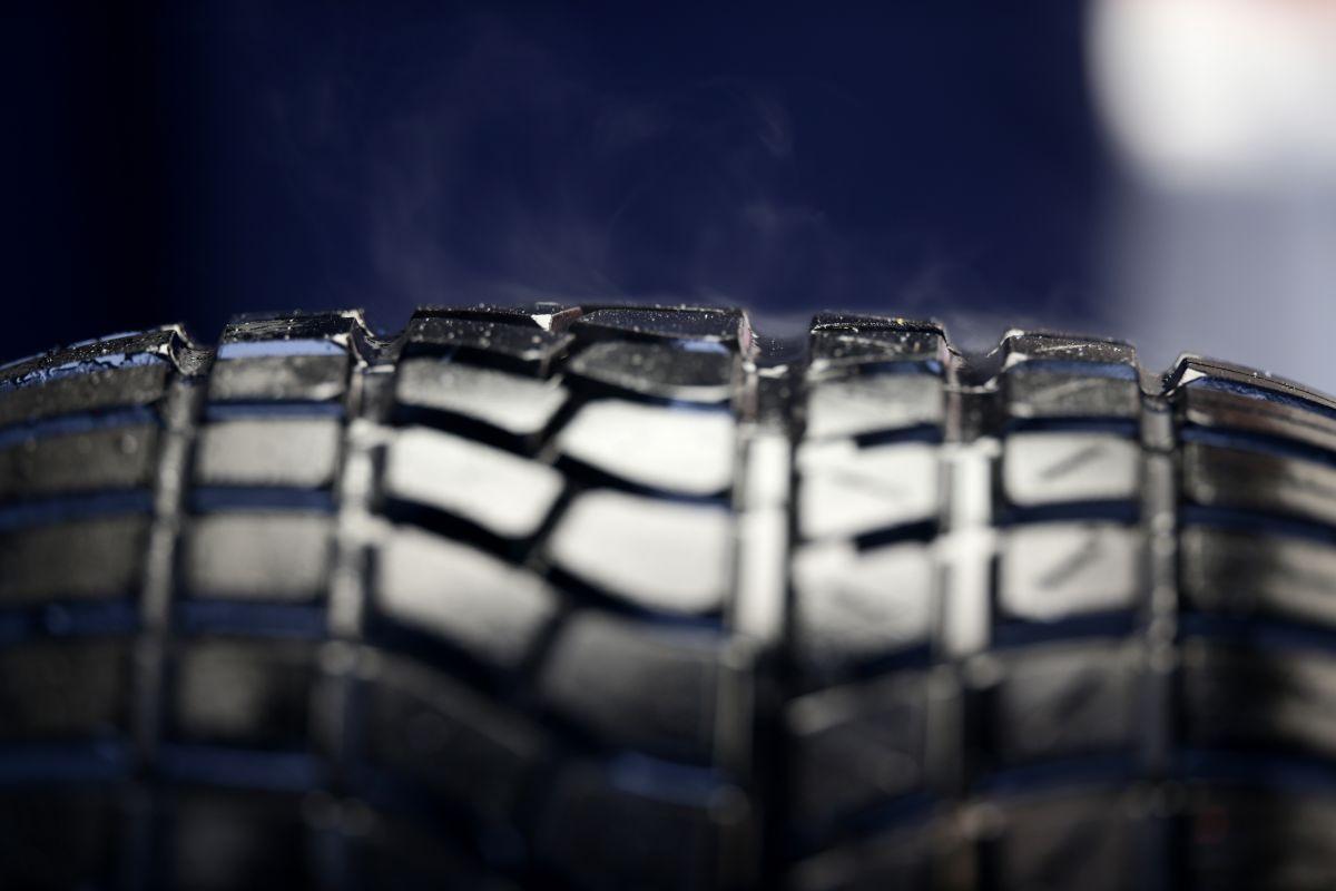 Contar con neumáticos confiables es parte esencial de la seguridad en los vehículos.