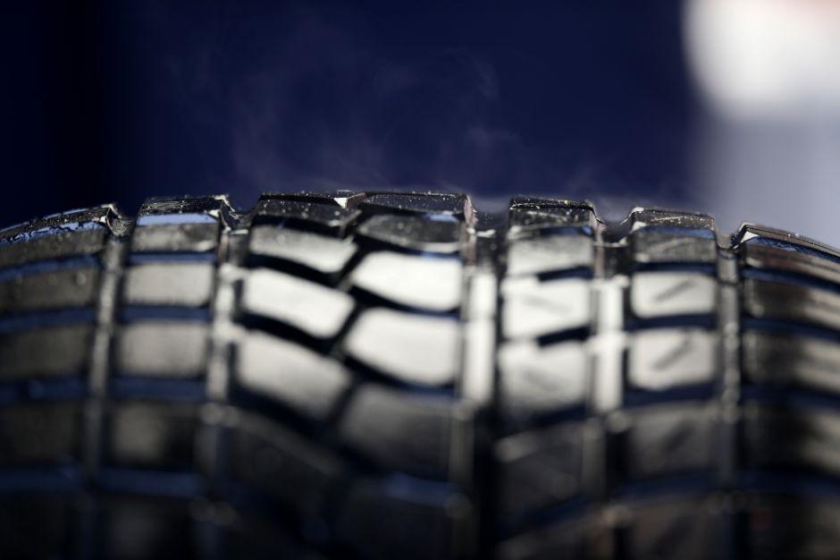 Los mejores neumáticos por menos de $100 dólares que encontrarás en el mercado