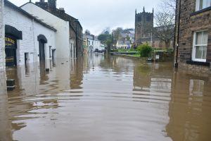 Qué medidas financieras tomar luego de sufrir un desastre natural