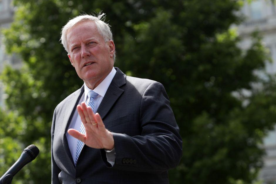 Meadows califica como 'objeción fantástica' la negativa de Pelosi a negociar el segundo paquete de ayuda económica