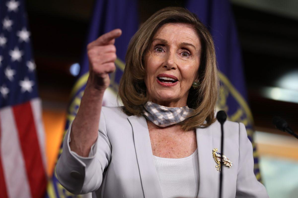 Por qué Pelosi recahaza la idea de votar el paquete de ayuda económica este sábado