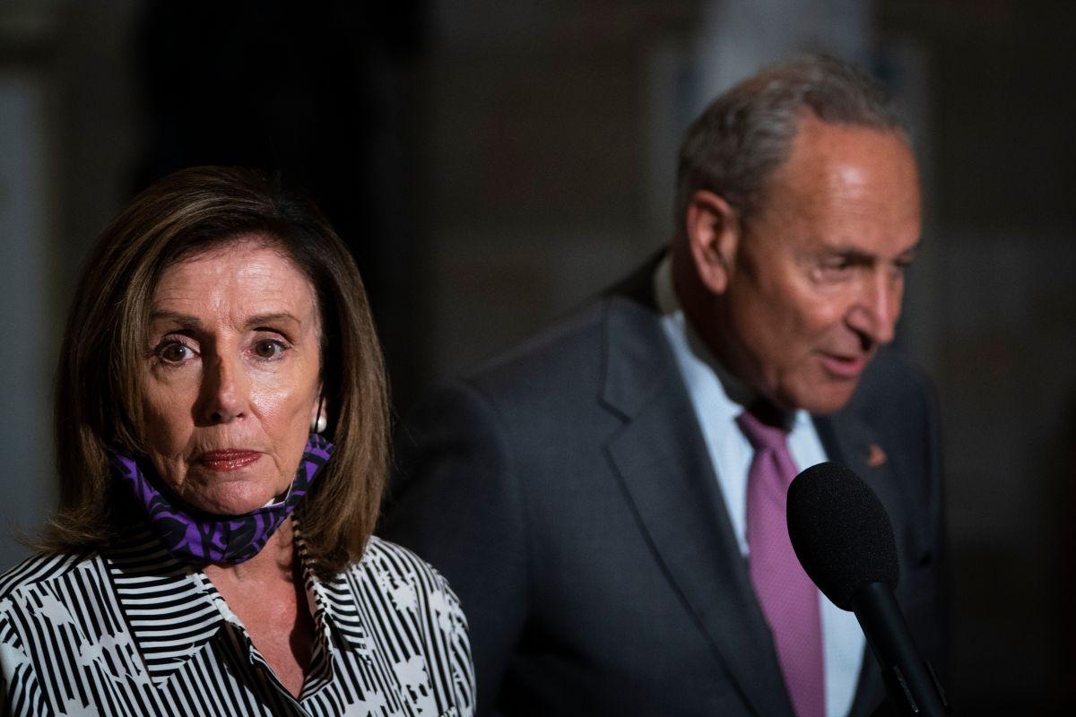 Negociaciones por el cheque estímulo: ¿Por qué se habla de un 'trágico impasse' tras la llamada entre Pelosi y Meadows?