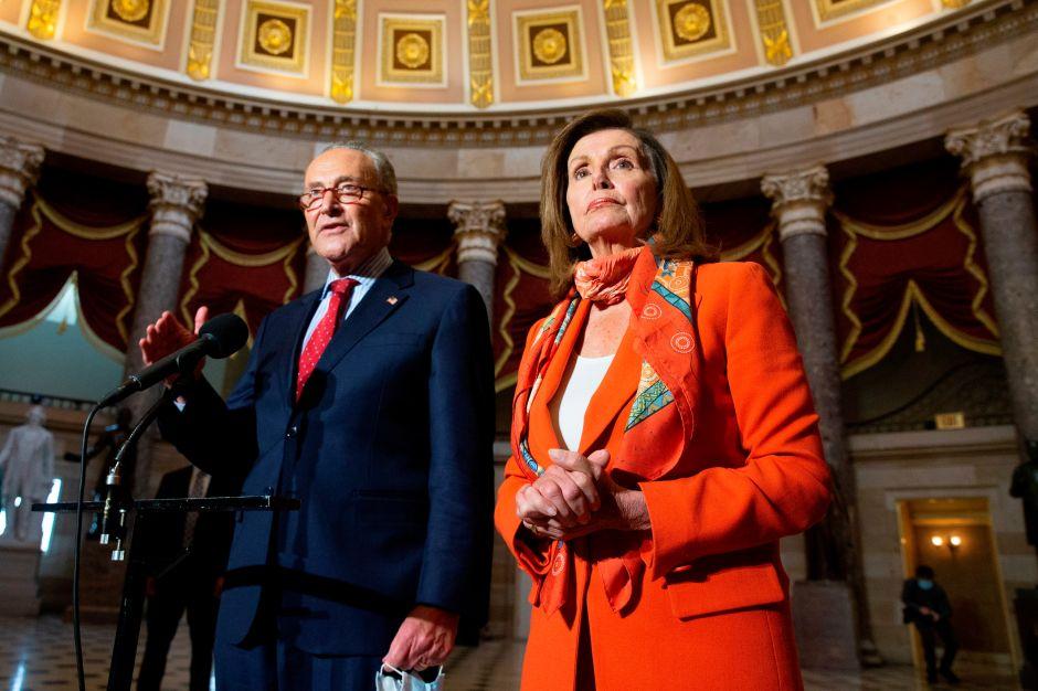 Los demócratas buscan explotar las tensiones entre Trump y los republicanos en las negociaciones por estímulos