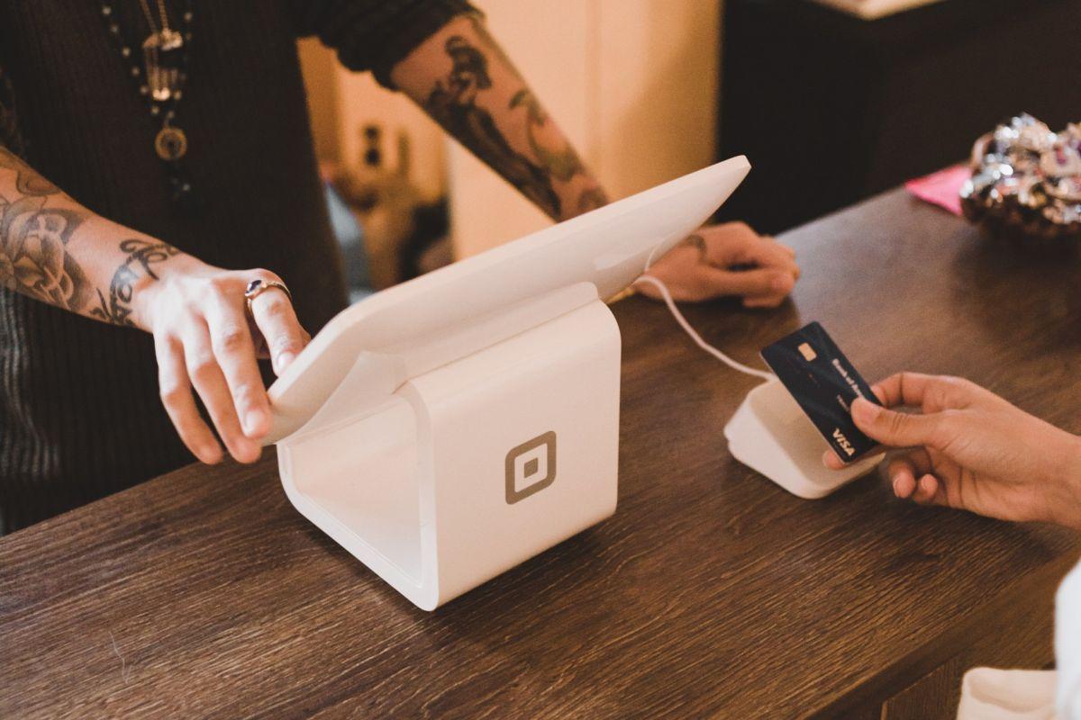 Qué pasa si superas el límite de tu tarjeta de crédito