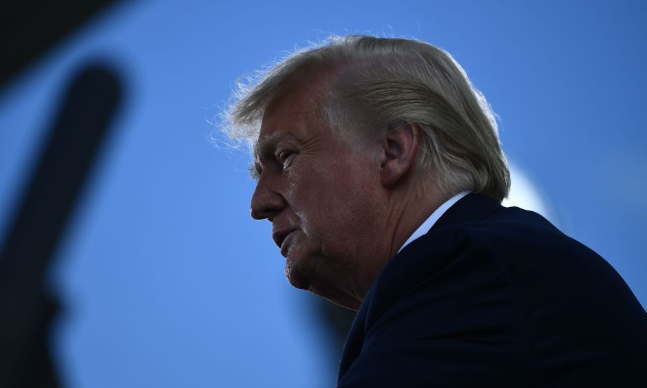 ¿Qué ayudará más a la validación de un segundo paquete de estímulo: las elecciones o el COVID-19 positivo del presidente Donald Trump?