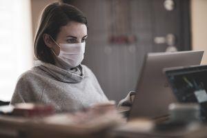 23% de los trabajadores desde casa considerarían renunciar si se les pide volver al trabajo sin que todos estén vacunados