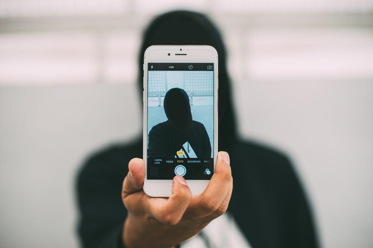 Qué es lo que nunca debes publicar en las redes sociales para no poner en peligro tu futuro empleo