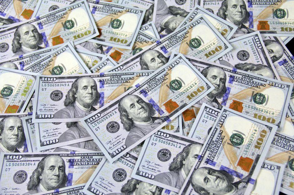 Cómo ahorrar para llegar a tu primer millón de dólares