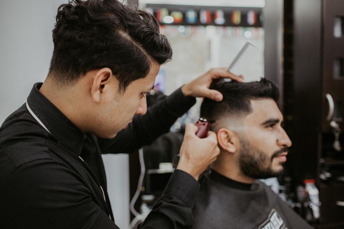 Cuáles son los requisitos para conseguir trabajo en una peluquería en Estados Unidos