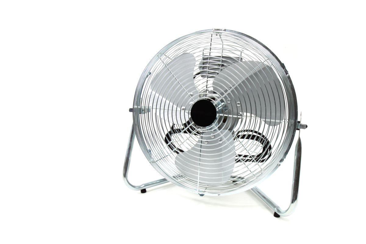 El uso del ventilador portátil puede representar un buen ahorro cada mes.
