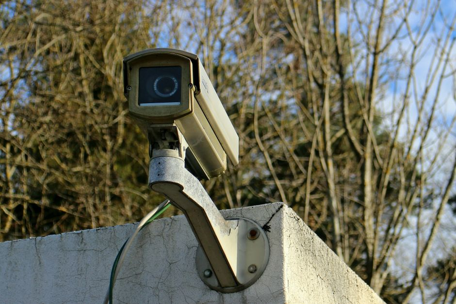 Qué se necesita para trabajar como instalador de sistemas de seguridad y alarmas