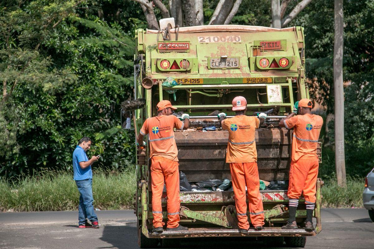 Cuánto gana un recolector de basura en Estados Unidos y cómo convertirte en uno